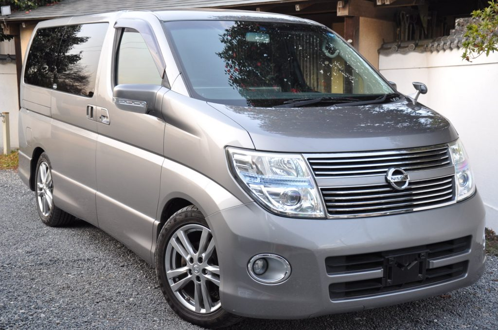 Used 2009 Nissan Elgrand (ME51) Highway Star 4WD Black Leather Edition 2500cc auto For Sale