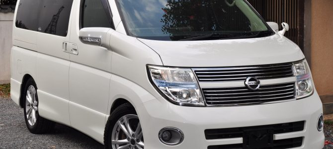 2008 (March) Nissan Elgrand (ME51) Highway Star Black Leather Edition 2500cc auto