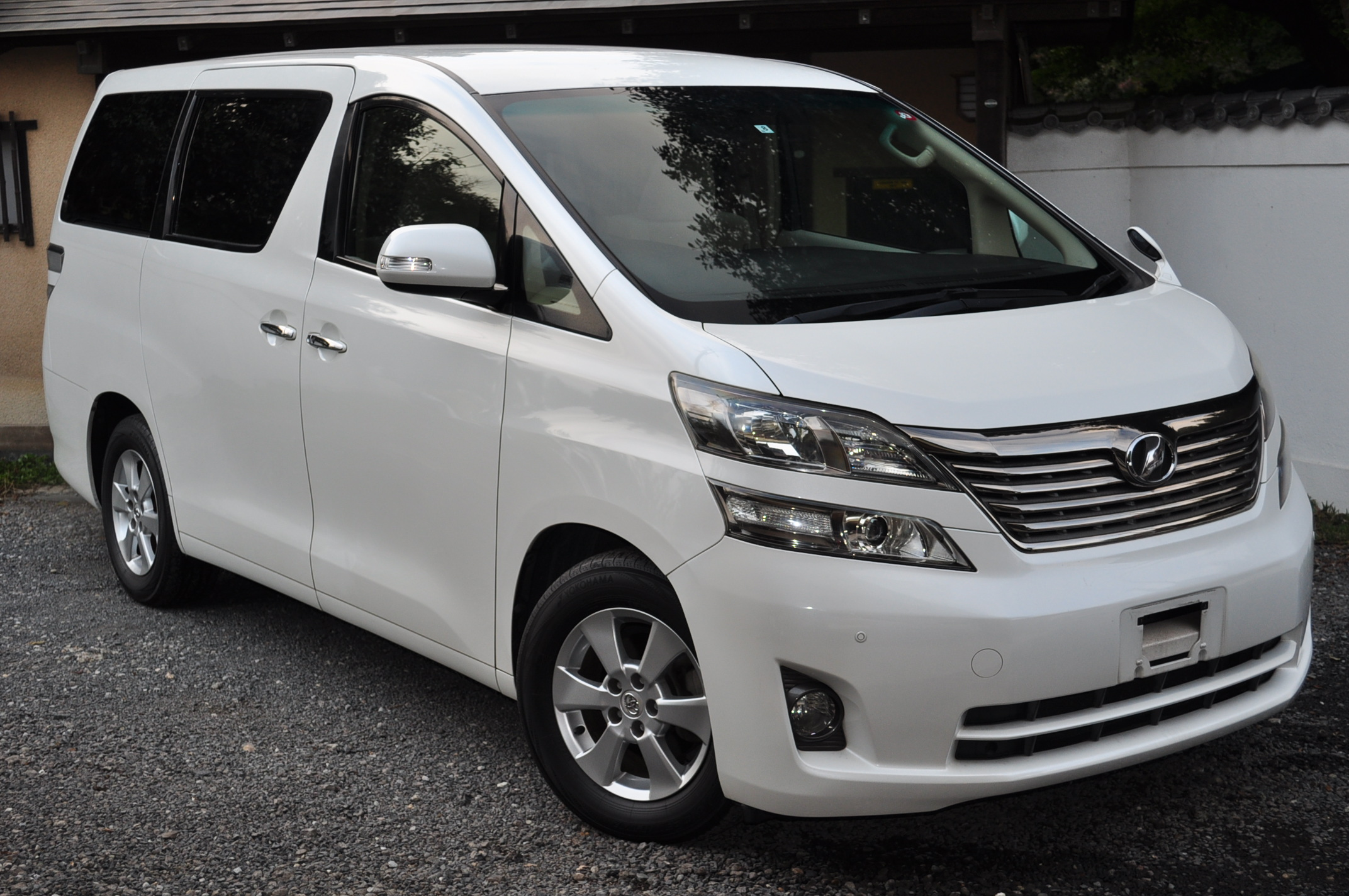 2009 (Aug) Toyota Vellfire with disabled assist (ANH20) 2.4X 2400cc auto